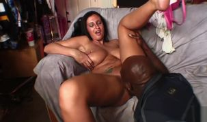 Huge-boobed Bella Blaze Takes Phat..