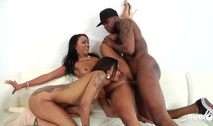 2 ebony babes, Flesh Diamond and..