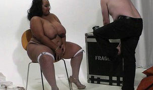 Cuckold with plumper black in fishnets